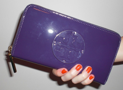 tory-burch-wallet-purple.jpg